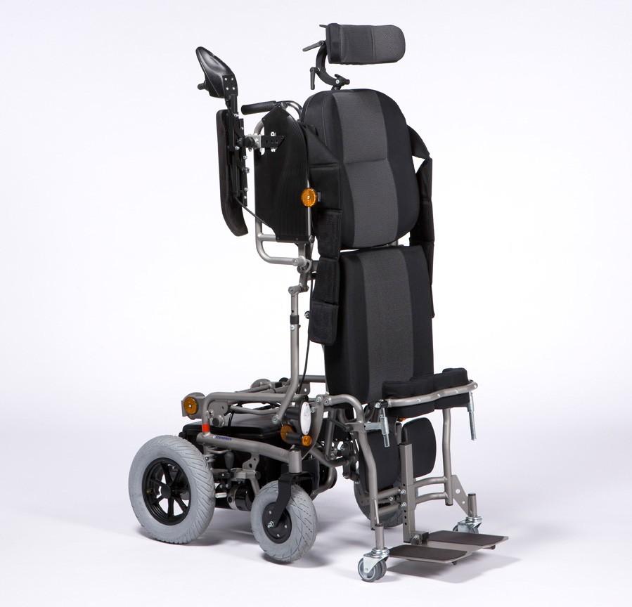Wózek z napędem elektrycznym pokojowo terenowy z funkcją pionizacji SQUOD SU