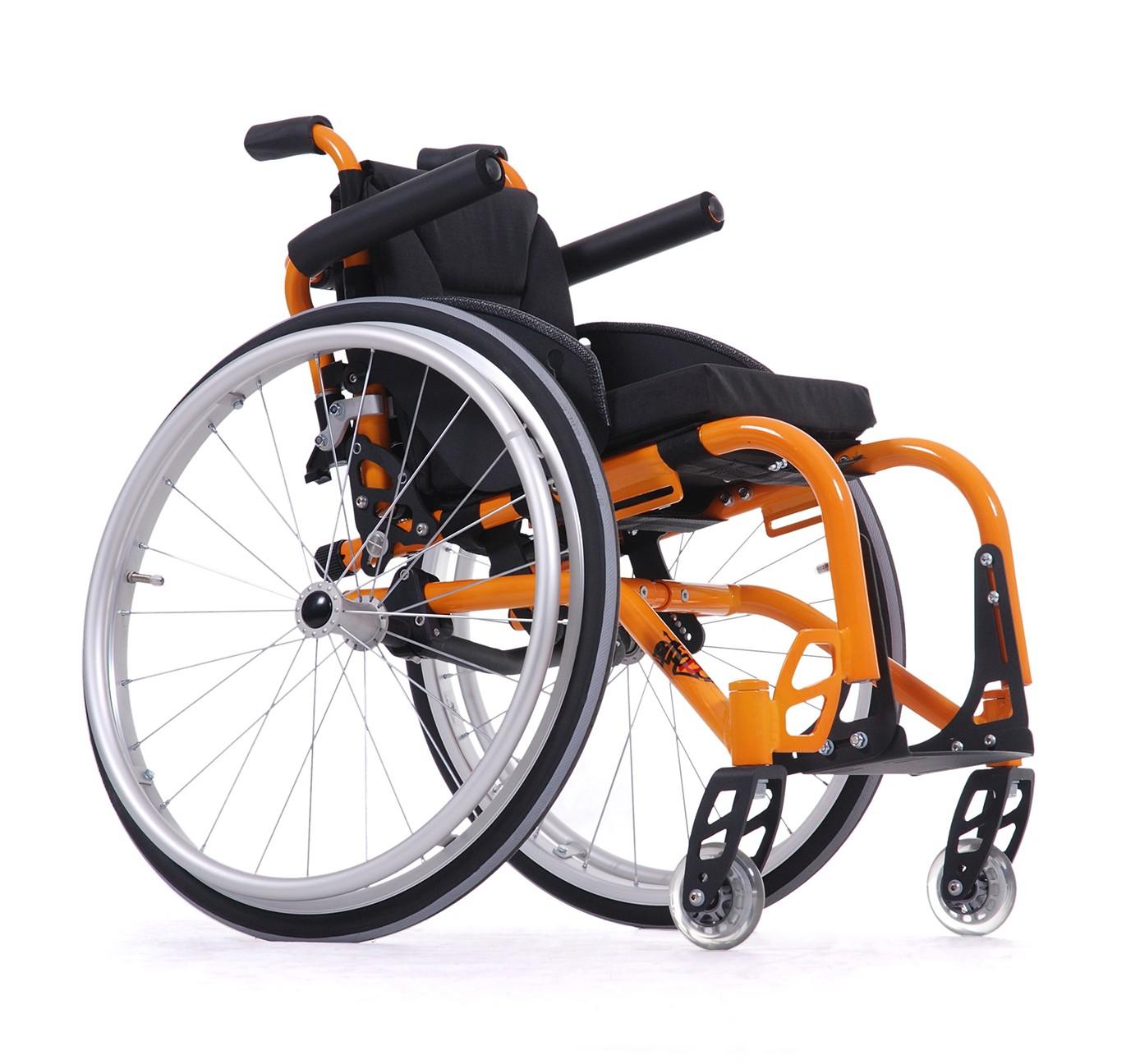 Wózek ze stopów lekkich dla dzieci  SAGITTA KIDS SI